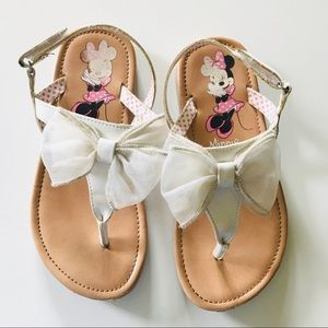 Disney Minnie Mouse white bow sandals 11 1/2 11.5